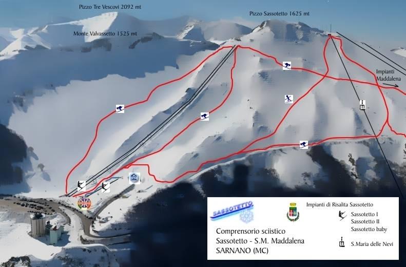 Sarnano è un'importante stazione sciistica dell'Appennino Umbro-Marchigiano, sulla catena dei Monti Sibillini. La zona di Sassotetto-La Maddalena offre impianti di risalita e piste di media difficoltà. Sarnano è diventata la stazione invernale di maggiore successo grazie alla buona organizzazione e alle strutture moderne. Divertimento assicurato per tutti gli appassionati di sci e snowboard