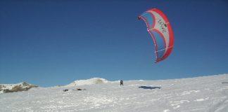 SnowKite VS SkiKite ai Piani di Ragnolo Acquacanina Macerata