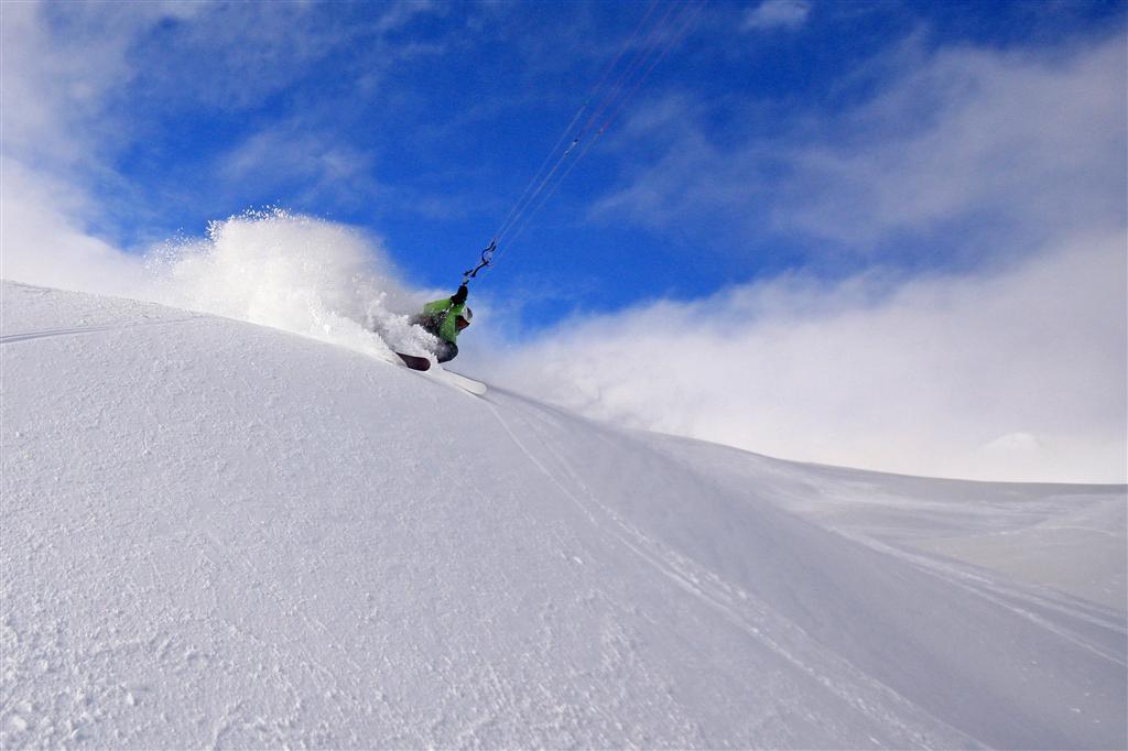 Chasta Day 2010 Snowkite Italian Tours Etna b