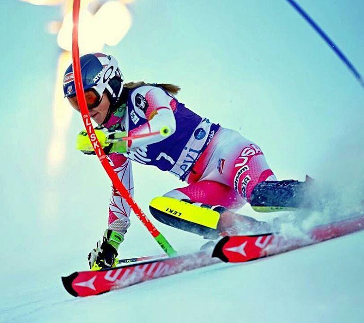 Una sciatrice durante la Coppa del mondo di Sci - Photo Credits: alpin_ski_worldcup