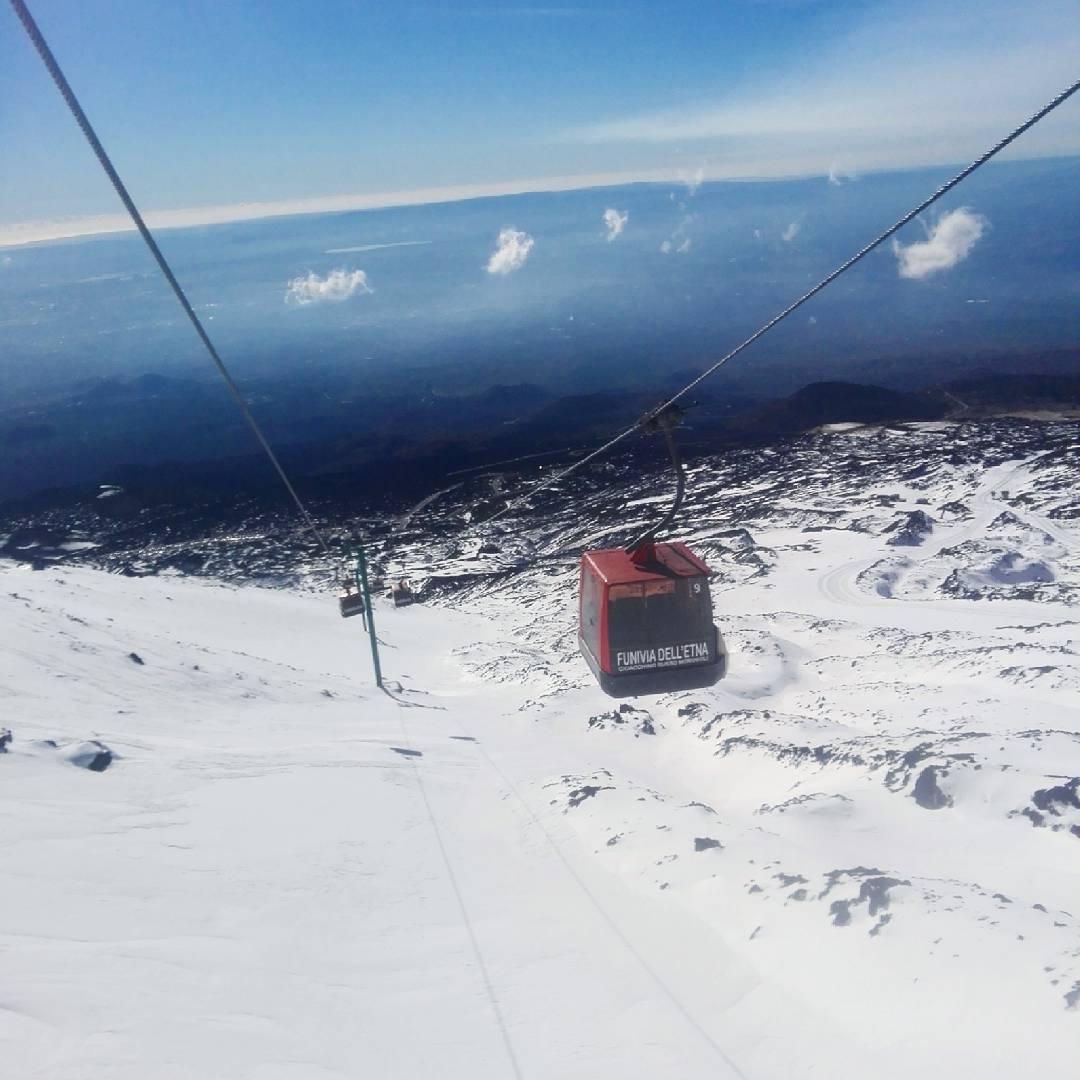 In foto la funivia dell'Etna - Credits: valerio_vella