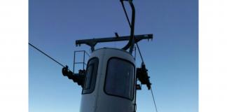 L'impianto di risalita del Monte Catria con le nuove cabinette chiuse - Credits Monte Catria Impianti Scarl