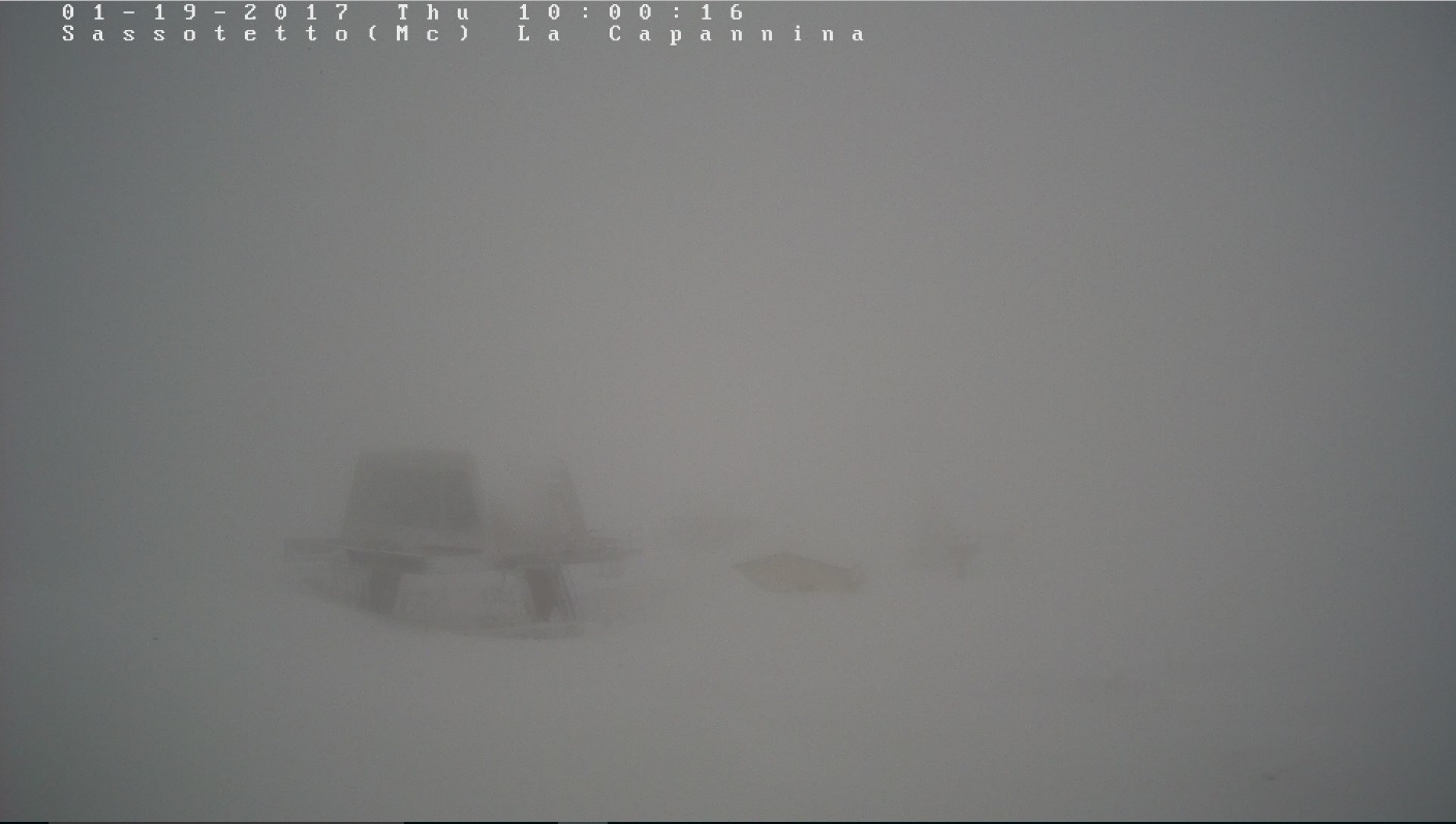 Continua a nevicare nella stazione sciistica di Sarnano - Sassotetto Santa Maria Maddalena