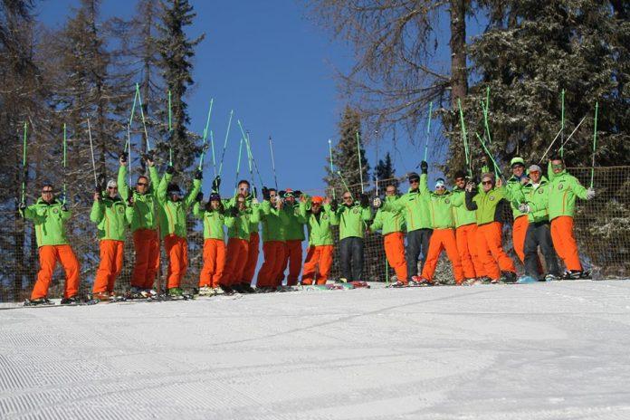 I maestri di sci e snowboard della AEvolution Ski School di Folgarida - Trentino