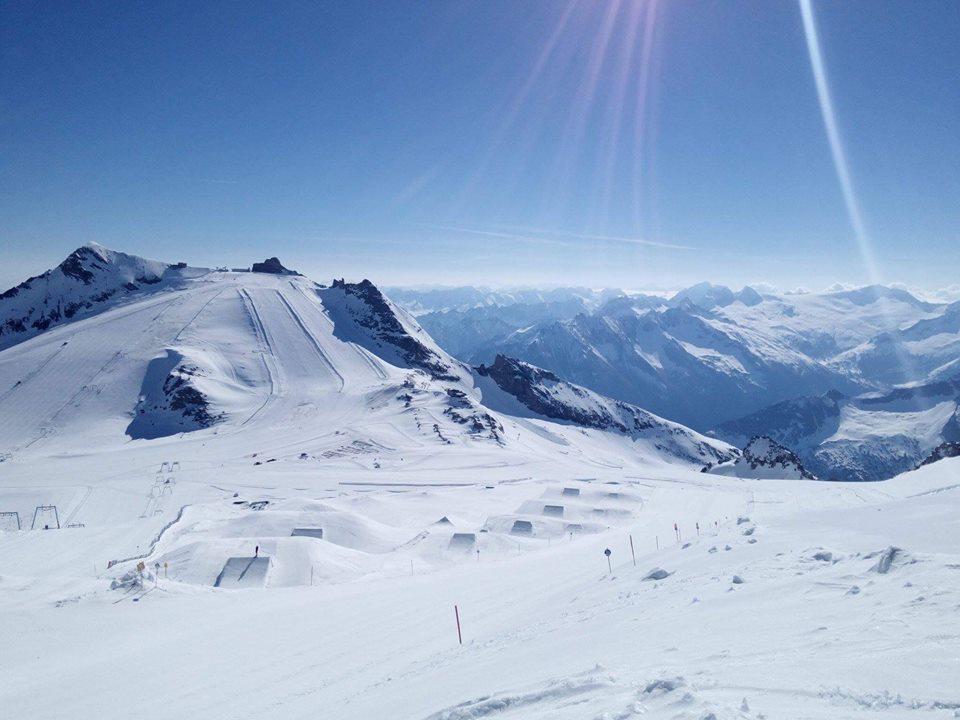 Sci estivo a Hintertuxer Gletscher
