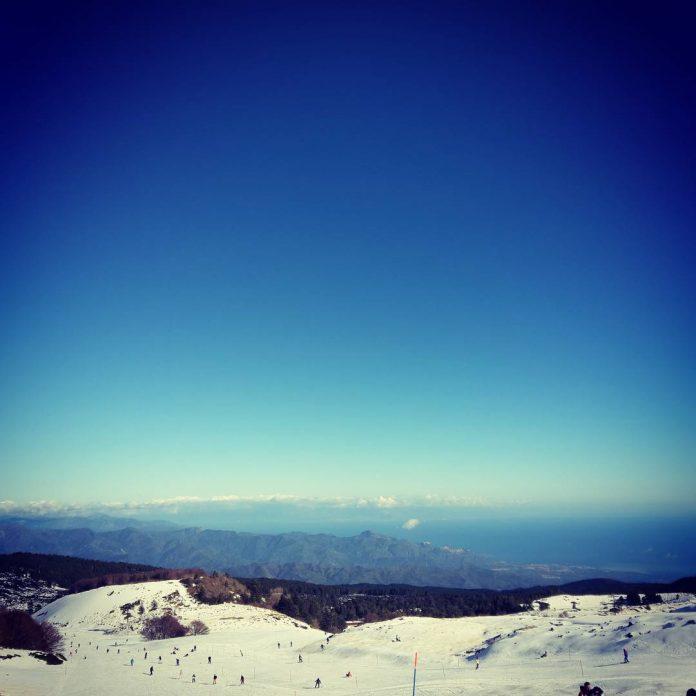 Sciare sull'Etna con vista mare - Credits Lorena