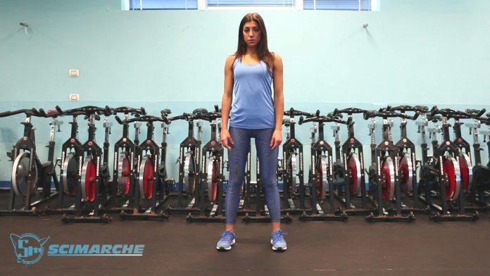 Esercizi presciistica, Squat a corpo libero