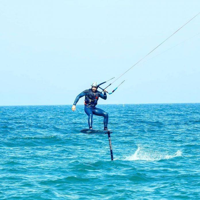 corsi di kitesurf anche con hydrofoil