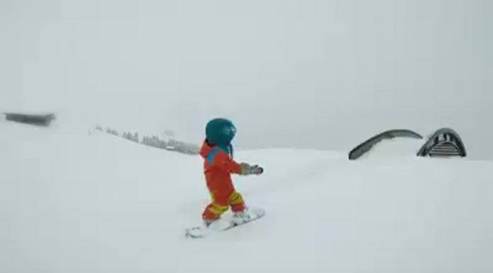 alpe di siusi virale video acrobazie baby snowboarder emmy