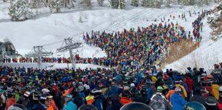 Vail, lunghe code per gli impianti fanno arrabbiare gli sciatori che hanno acquistato lo skipass Epic Pass