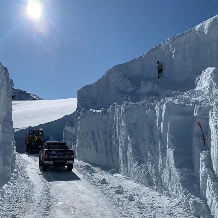 A Fonna in Norvegia con oltre 12 metri di neve impianti aperti dal 1 maggio