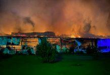 La fabbrica degli sci Fischer distrutta da un incendio - Credits: Mukachevo.net